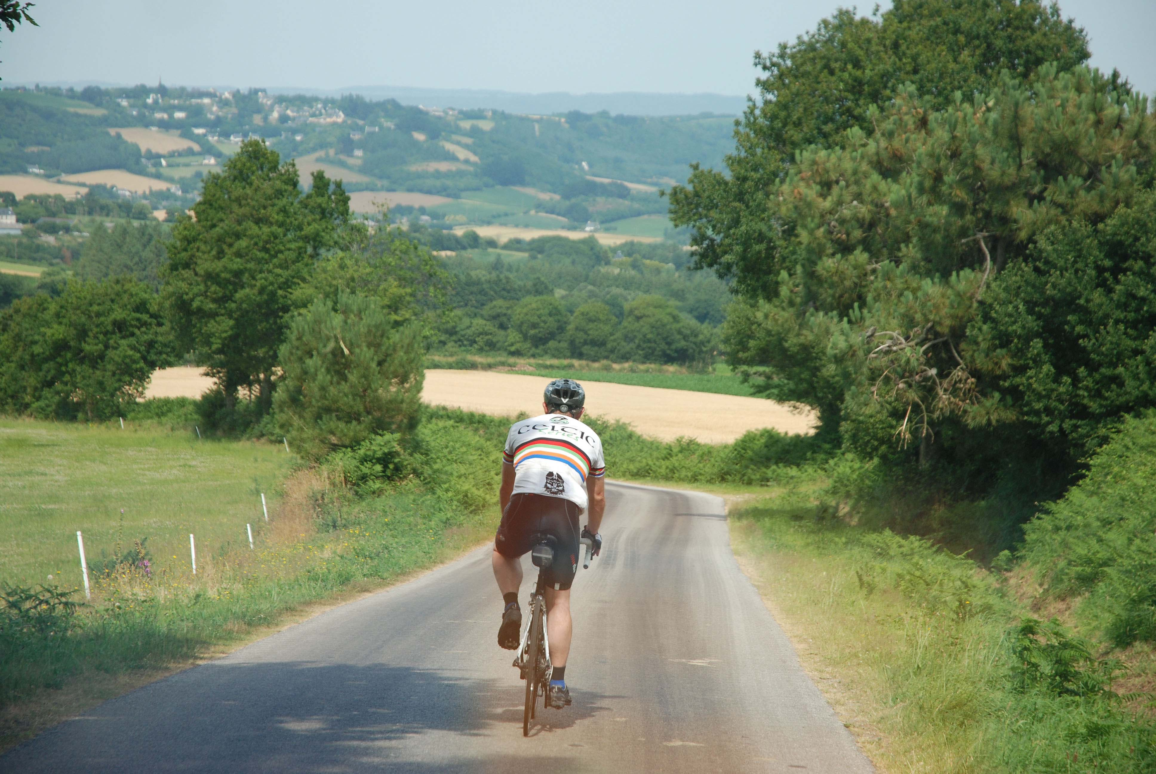 Fine views cycling in Brittany